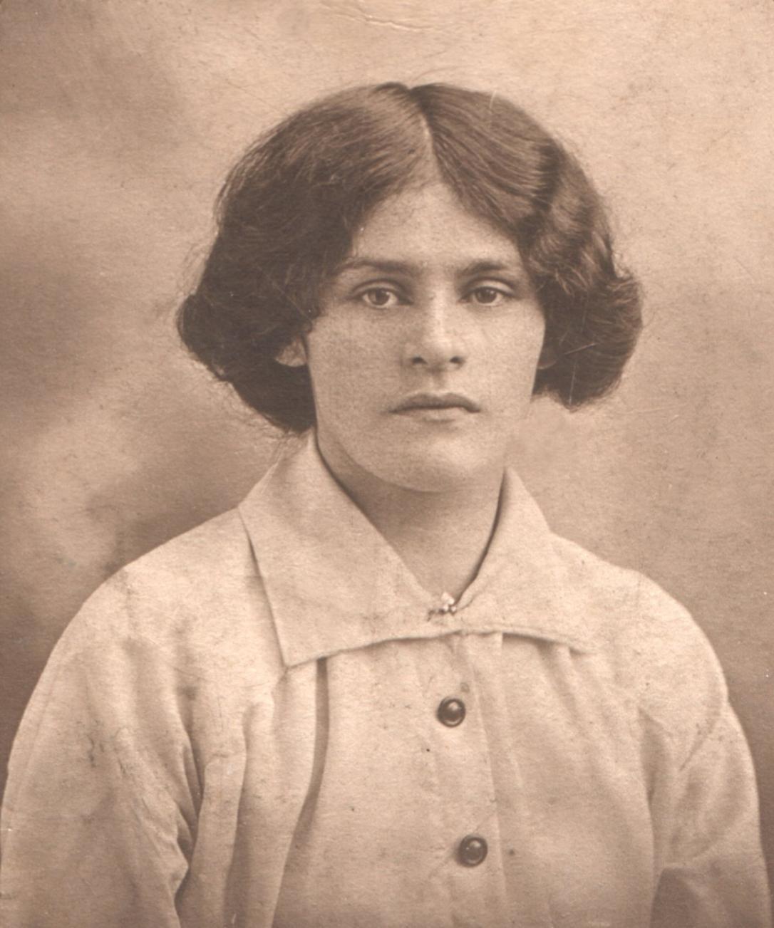 Edith Davies Williams